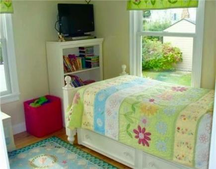 Sandwich Cape Cod vacation rental - Bedroom with twin bed