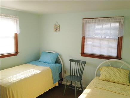 West Yarmouth - Seagull Beach Cape Cod vacation rental - Twin room