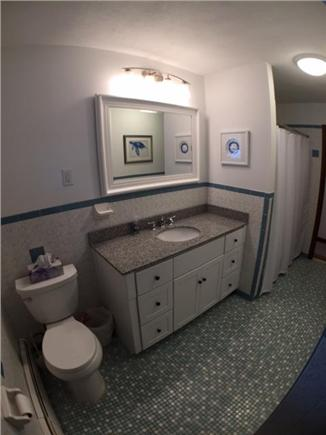 Falmouth Cape Cod vacation rental - Bathroom