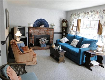 Dennisport Cape Cod vacation rental - Living room with cable TV and bay window