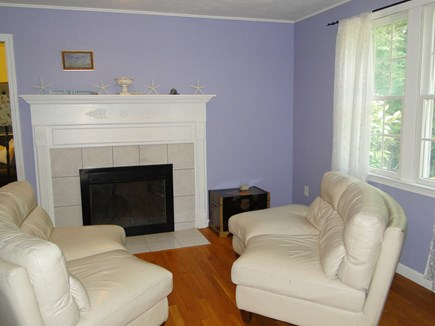 Brewster Cape Cod vacation rental - Family room with HDTV - DVD – Cable