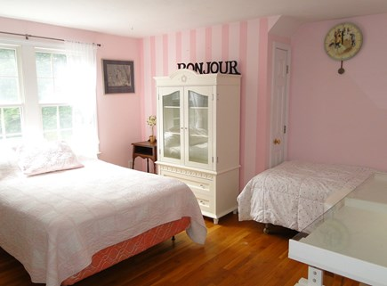 Brewster Cape Cod vacation rental - Upstairs queen bedroom with additional twin