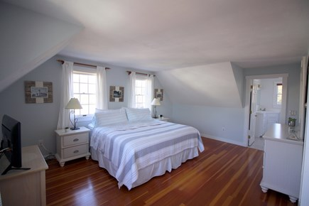 Chatham downtown village Cape Cod vacation rental - Spacious king Master bedroom with en suite bath