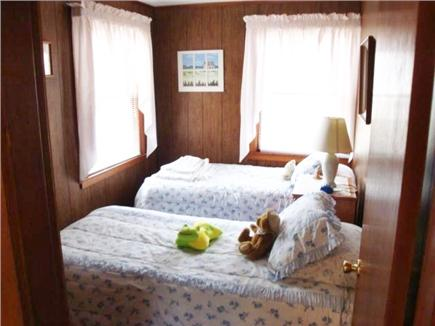 Eastham Cape Cod vacation rental - Two Twin beds