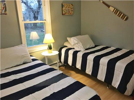 Centerville Centerville vacation rental - Twin bedded room