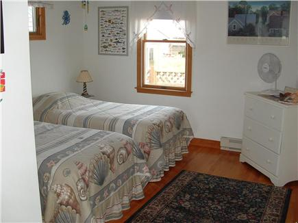 Truro, Shore Road Route 6A North Trur Cape Cod vacation rental - First floor bedroom
