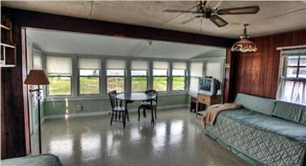 Plymouth MA vacation rental - Living Room with ceiling fan