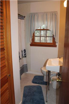 Eastham Cape Cod vacation rental - Bathroom with tub