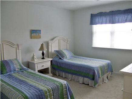 New Seabury, Mashpee New Seabury vacation rental - 2nd floor bedroom with 2 twin beds