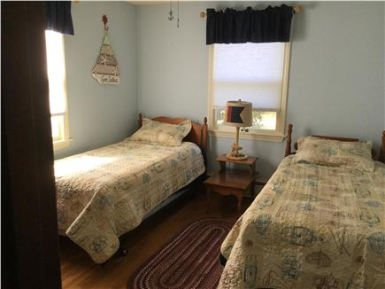 N FALMOUTH Cape Cod vacation rental - Twin beds with ample closet space.