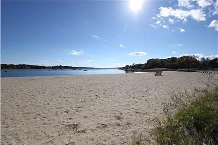 Pocasset, Bourne Pocasset vacation rental - Gorgeous Sandy Beach