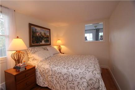 Pocasset, Bourne Pocasset vacation rental - 1st Floor Master Bedroom w/ Queen