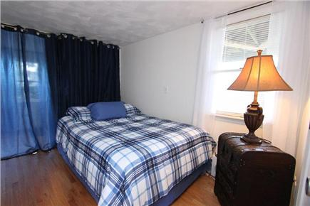 Pocasset, Bourne Pocasset vacation rental - 1st Floor Bedroom w/ Full
