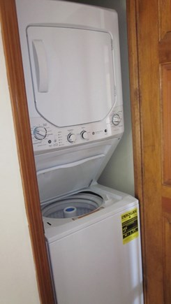 South Chatham Cape Cod vacation rental - New Washer/Dryer