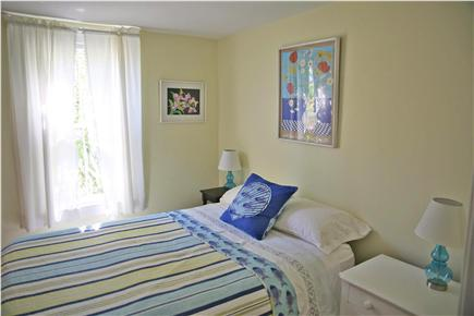 Provincetown, west end Cape Cod vacation rental - Yellow bedroom with double bed