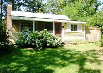 Dennis Village Cape Cod vacation rental - 952 Route 6A, Cottage #1 Exterior