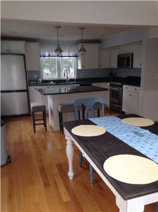 Manomet private beach communit Manomet vacation rental - Updated kitchen with all amenities