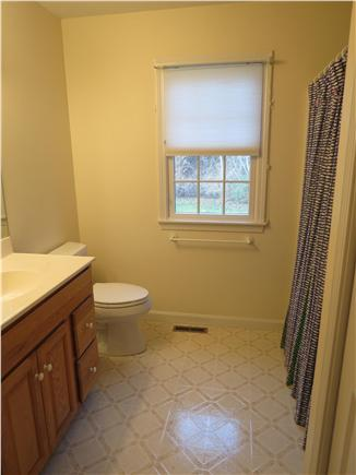 Brewster Cape Cod vacation rental - Second full bath
