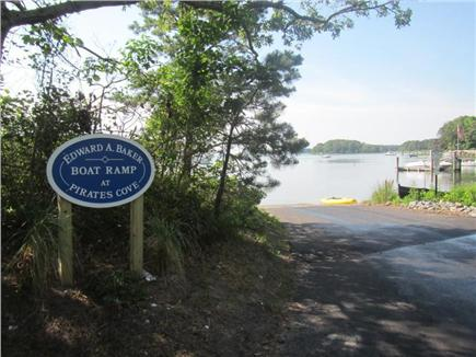 Mashpee Vacation Rental Home In Cape Cod Ma 02649 1 Block