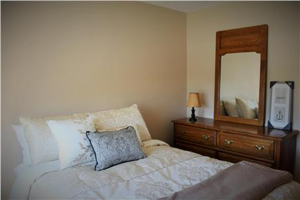 Falmouth Cape Cod vacation rental - Bedroom 1 upper lever full size bed