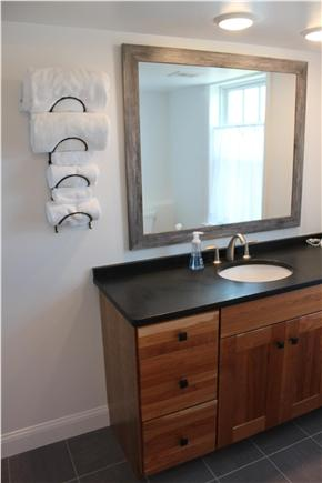west yarmouth Cape Cod vacation rental - Bathroom