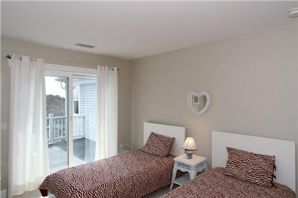 Chatham Cape Cod vacation rental - Twin Room (Second Floor)