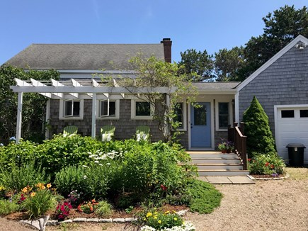 North Truro Cape Cod vacation rental - Front view of the house