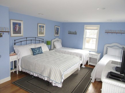Dennis Cape Cod vacation rental - This bedroom is so spacious it offers a queen plus two twins