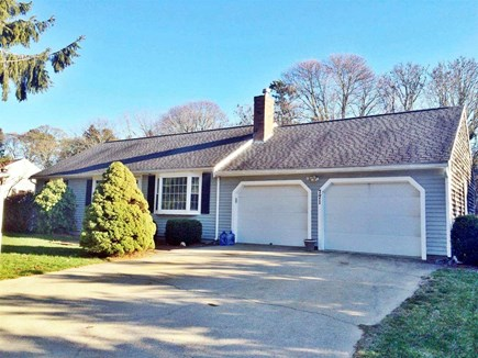 Yarmouthport Cape Cod vacation rental - Front of home with 2 car garage