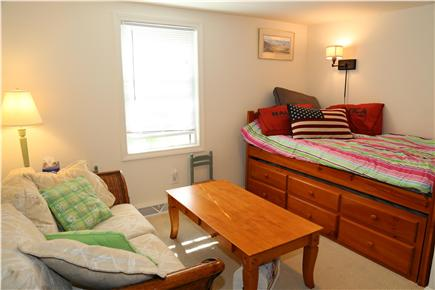 Sandwich Cape Cod vacation rental - Bedroom with Trundle (2 Twins)
