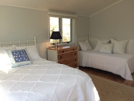 Harwich Port Cape Cod vacation rental - Light Bright Bedroom with One Full & One Twin