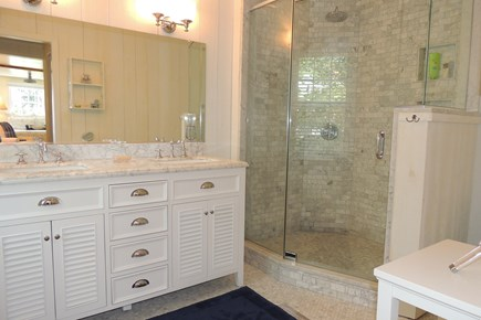 Harwich Port Cape Cod vacation rental - Gorgeous walk in tile shower