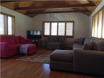 Centerville Centerville vacation rental - Large family room