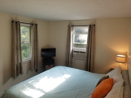 Manomet Manomet vacation rental - King Master bedroom with Comcast service TV