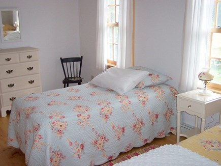 Chatham Cape Cod vacation rental - Sweet darling bedroom with 2 twin beds.