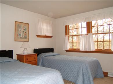 Brewster Cape Cod vacation rental - Twin bed bedroom