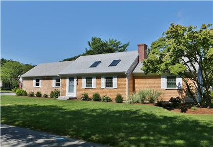 Chatham Cape Cod vacation rental - Front view of Home