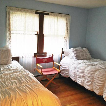 Hyannis Cape Cod vacation rental - Bedroom (3rd) - two twin beds.
