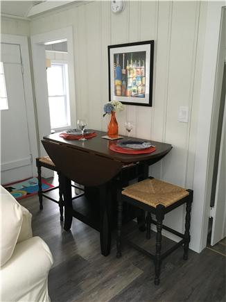 Dennisport Cape Cod vacation rental - Eating area