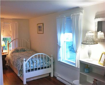 Chatham Harbor Fish Pier Cape Cod vacation rental - Twin Bedroom One