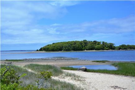 Pocasset, Bourne Pocasset vacation rental - Walk to Monks Cove under a 1/2 mile away