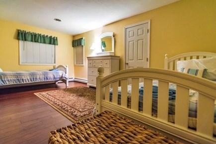 Pocasset, Bourne Pocasset vacation rental - Upstairs bedroom with twin beds