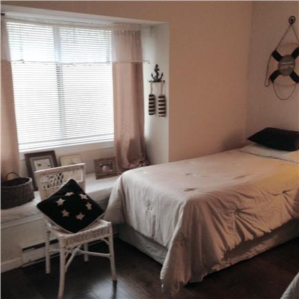 Brewster, Ocean Edge Resort Cape Cod vacation rental - Guest Room w 2 twin beds on first floor