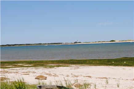 Barnstable, Cummaquid Cape Cod vacation rental - Private beach area.