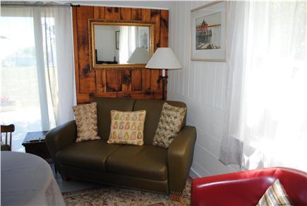 Barnstable, Cummaquid Cape Cod vacation rental - Living room seating.