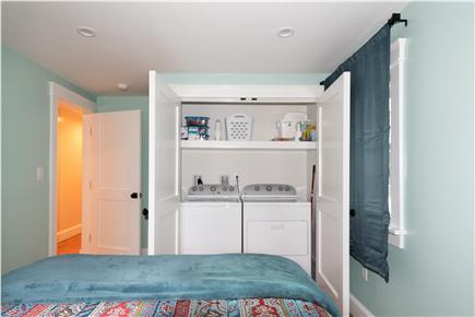 Pocasset, Bourne Pocasset vacation rental - Laundry Room & Bedroom