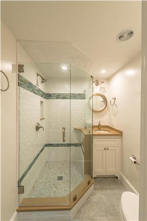 Pocasset, Bourne Pocasset vacation rental - Master Bathroom