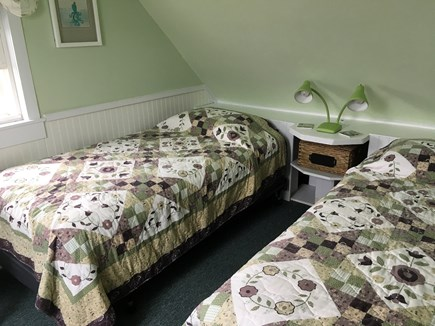Barnstable, Cummaquid Cape Cod vacation rental - Twin Bedroom