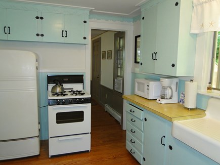 Orleans Cape Cod vacation rental - Kitchen area leads to living room