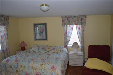 Hyannis Cape Cod vacation rental - Upstairs king master suite
